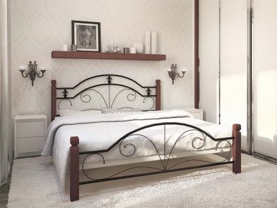 Кровать металлическая Диана на деревянных ножках