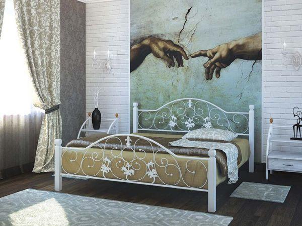 Кровать металлическая Жозефина на деревянных ножках