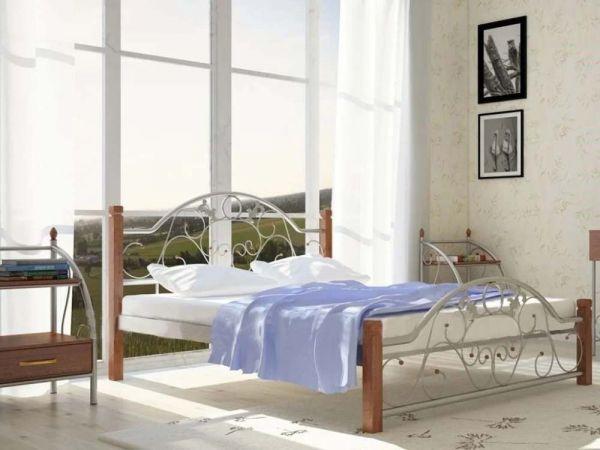Кровать металлическая Франческа на деревянных ножках
